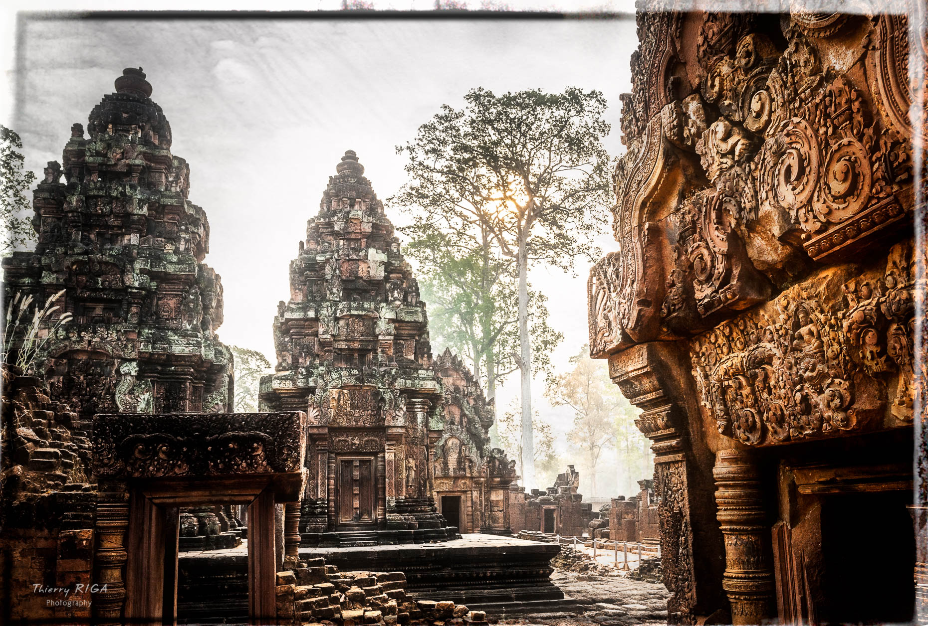 Angkor_Thierry_Riga_photography-_D7C9470-Modifier-2-Modifier-2