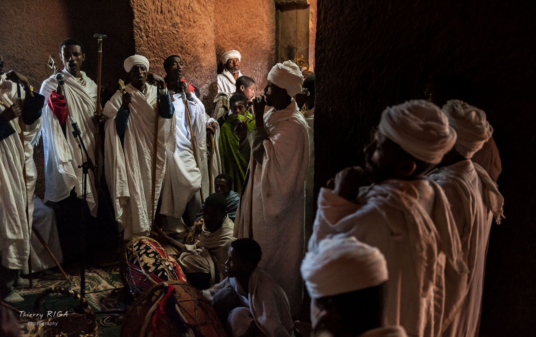Lalibela singing mass Gabriel Raphael church