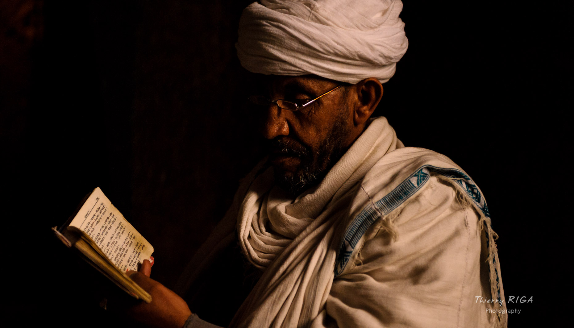Lalibela priest reading ethiopia