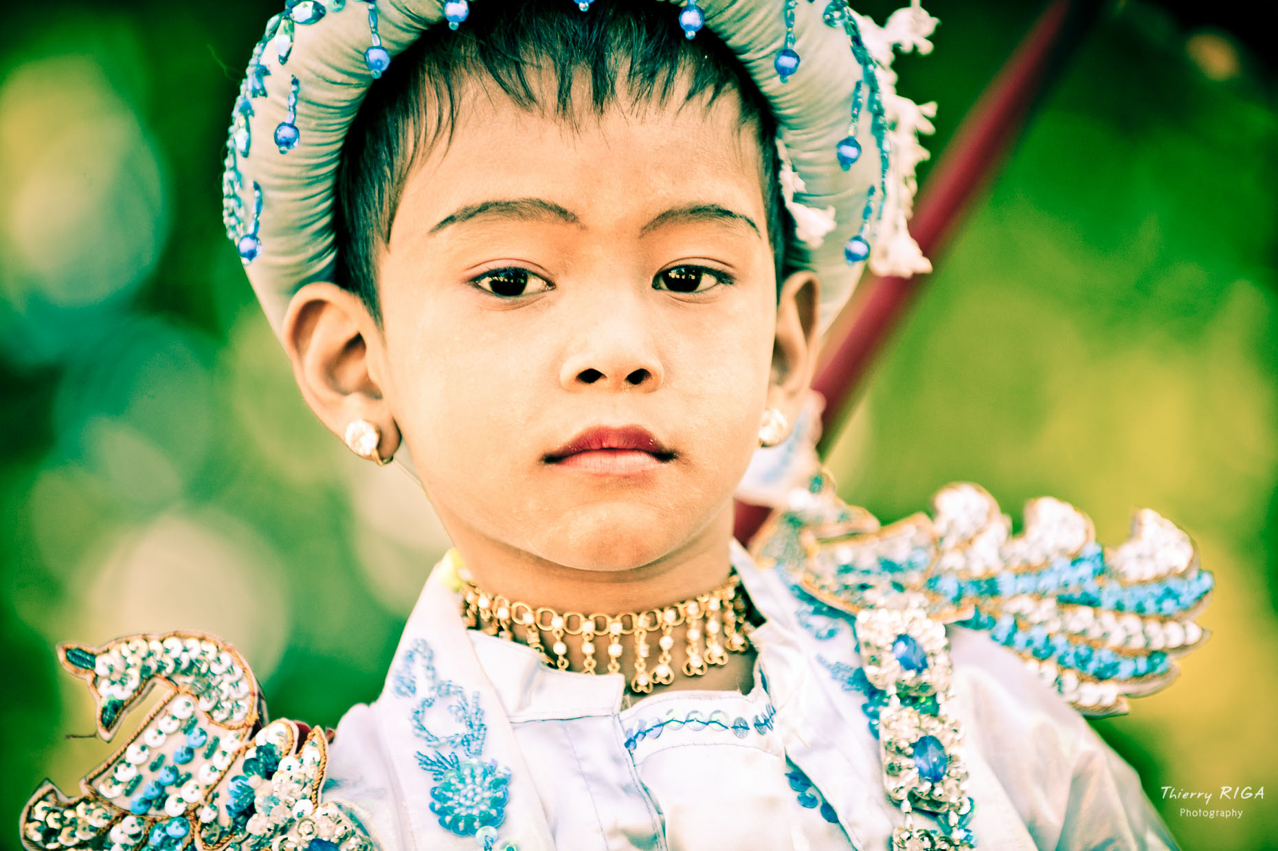 Shin Byu portrait blue bagan